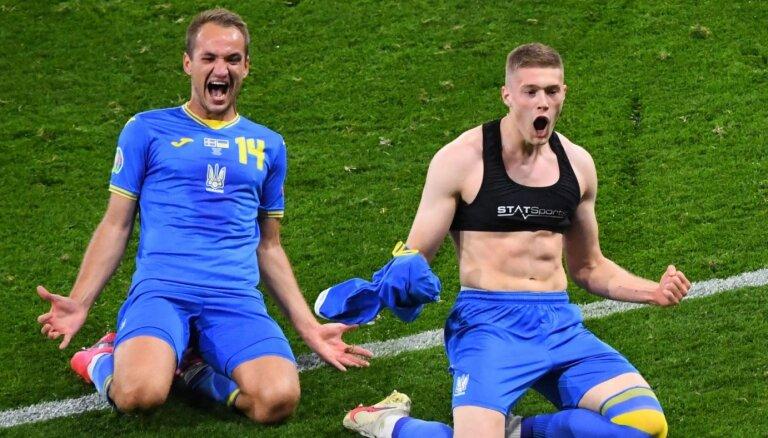Ukraina papildlaika pēdējā minūtē šokē zviedrus un pirmo reizi iekļūst ceturtdaļfinālā