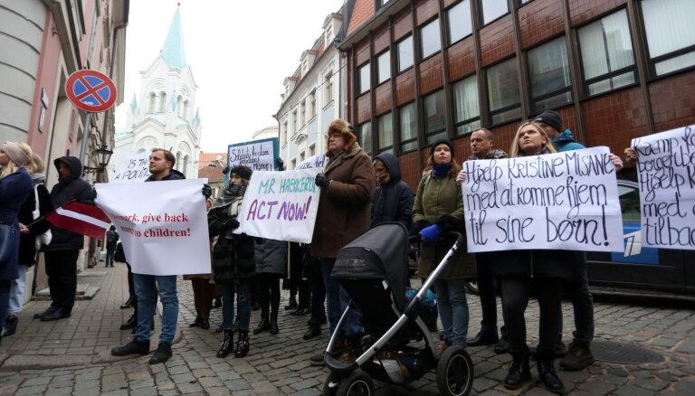 Koalīcijas deputāti rosina Saeimai lemt par mudinājumu Dānijai neizdot Misāni DĀR