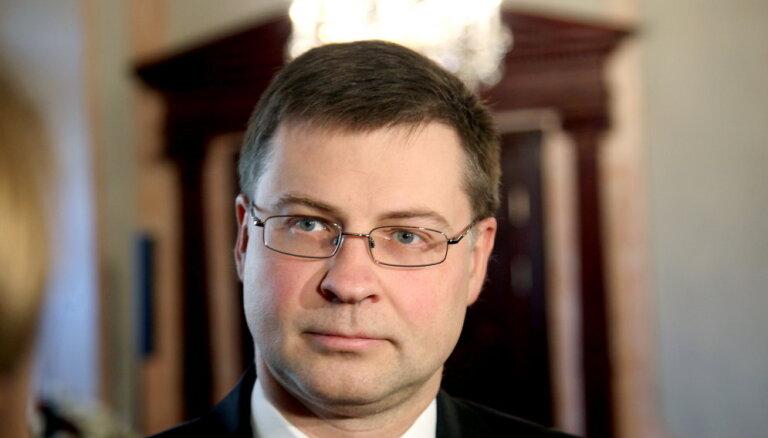 """БПБК: статья о многомиллионной взятке для Домбровскиса оказалась """"уткой"""""""