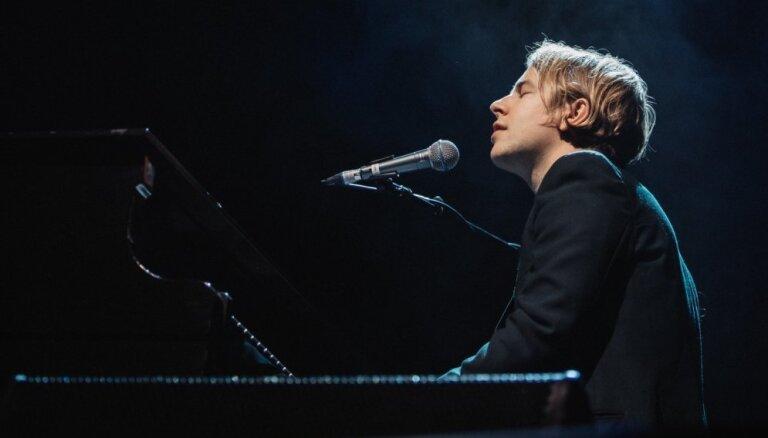 Foto: Toms Odels pieskandina 'Palladium' koncertzāli