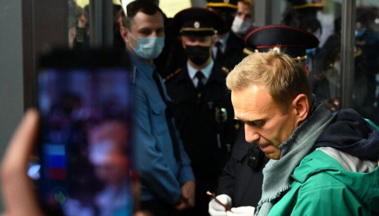 Eiropas Parlamenta Saharova balvu saņems Aleksejs Navaļnijs