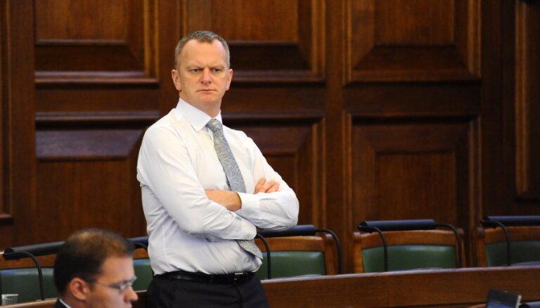 NA līdzpriekšsēdētājs Bērziņš: rosinājums par Bordāna atsaukšanu ir politiska izrādīšanās