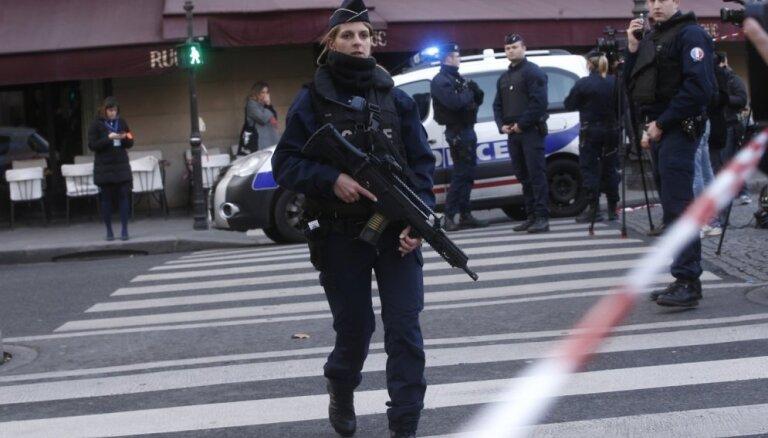 В Париже неизвестный ранил 7 человек: четверо в критическом состоянии