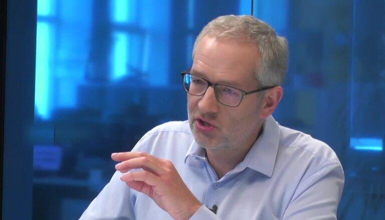 """Урбанович на DELFI TV: в """"Согласии"""" был культ лидера, перестройку проведем """"по-семейному тихо"""""""