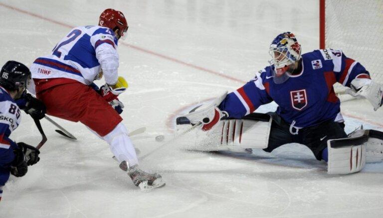 Slovākijas izlases treneris: esmu apmierināts ar to, kā cīnījāmies pret pasaules čempioniem