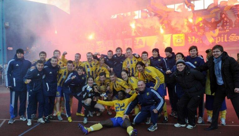 'Ventspils' pussargs Rugins karjeru turpinās citā klubā