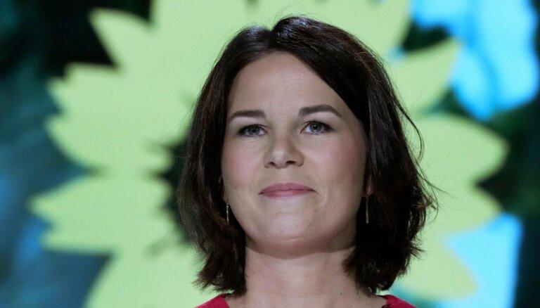 """Немецкие """"зеленые"""" утвердили Анналену Бербок кандидатом в канцлеры"""