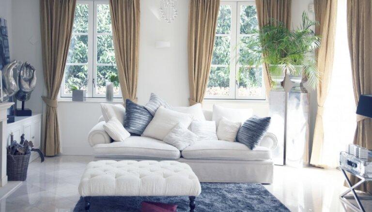 Gudri paņēmieni, kā ar mēbeļu un aksesuāru palīdzību radīt plašumu mājoklī