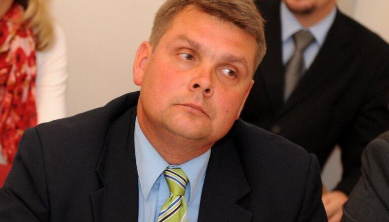 Adamovičs atkāpies no 'Latgales partijas' vadītāja amata