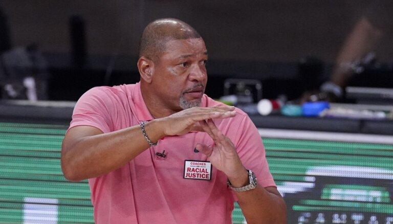 Riverss dažas dienas pēc šķiršanās no 'Clippers' pārņem '76ers' grožus