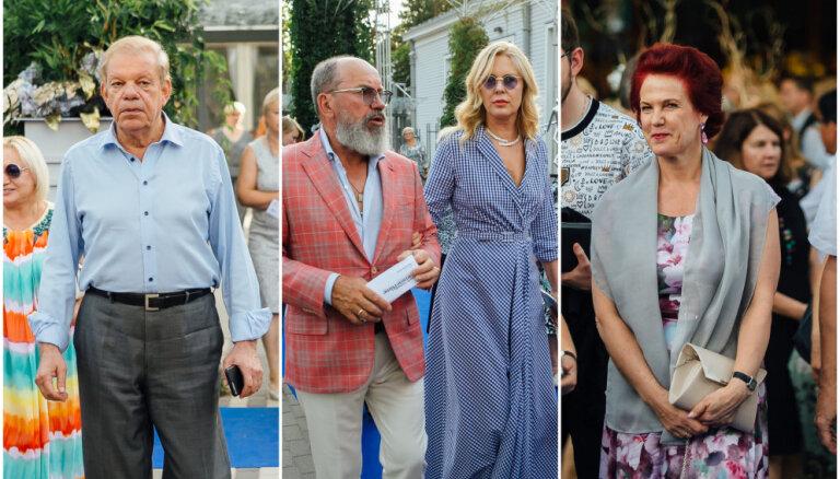 Foto: Smalko aprindu elegance Galantes festivāla atklāšanā