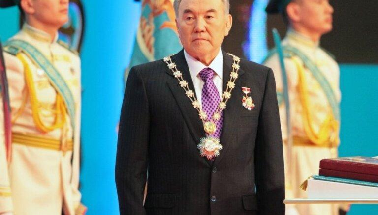 Как Назарбаев решил стать посредником на переговорах Путина с Зеленским