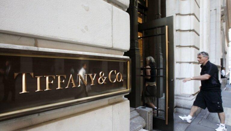 LVMH par 16 miljardiem dolāru iegādāsies 'Tiffany'