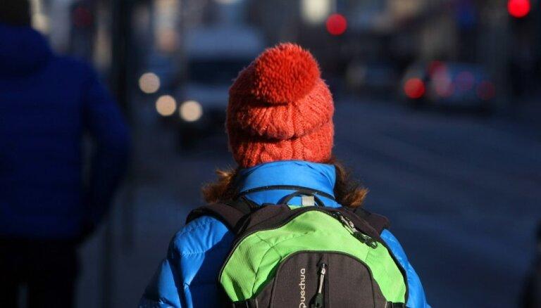 Латвию ждет температурный рекорд, дети смогут не ходить в школу