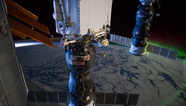 """В NASA и """"Роскосмосе"""" допустили консервацию МКС"""