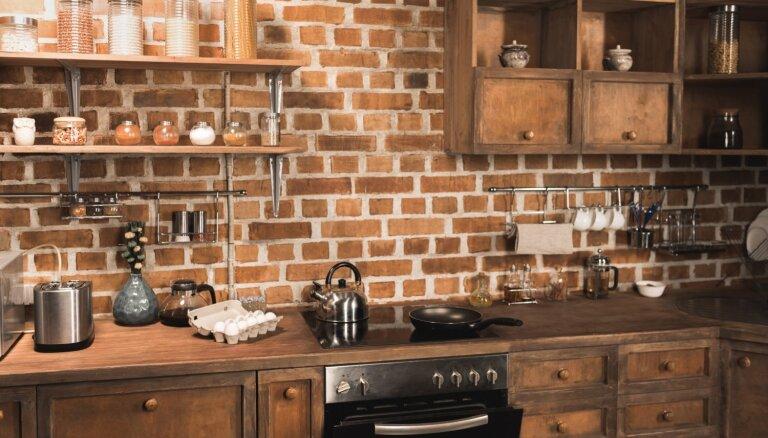 Stilīgas un mūsdienīgas virtuves ar industriālu piesitienu