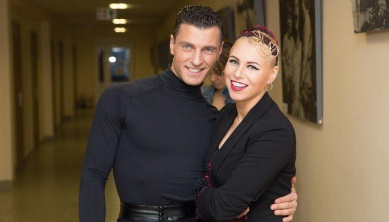 'Dejo ar zvaigzni' atgriežas Greifāne; šovu pamet Leva