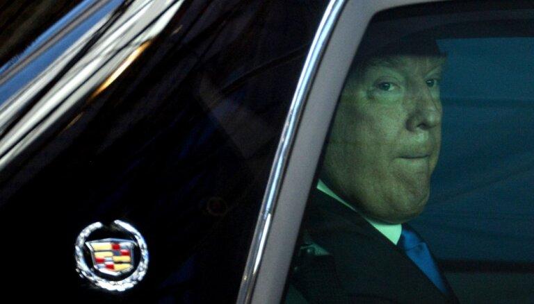 Krievijas amatpersonas apspriedušas, kā ietekmēt Trampu, raksta medijs