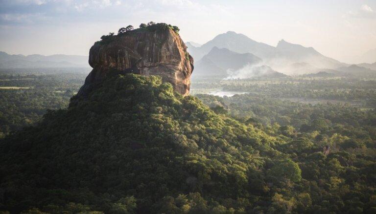 Sešas vietas pasaulē, kurās apskatīt iespaidīgus dabas brīnumus