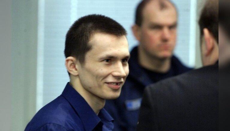 Серийного убийцу, застрелившего в Валке полицейского, будут судить за покушениe на сотрудника тюрьмы
