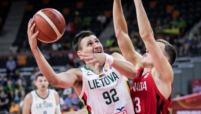 Lietuvas basketbola izlase pārliecinoši iekļūst Pasaules kausa nākamajā kārtā