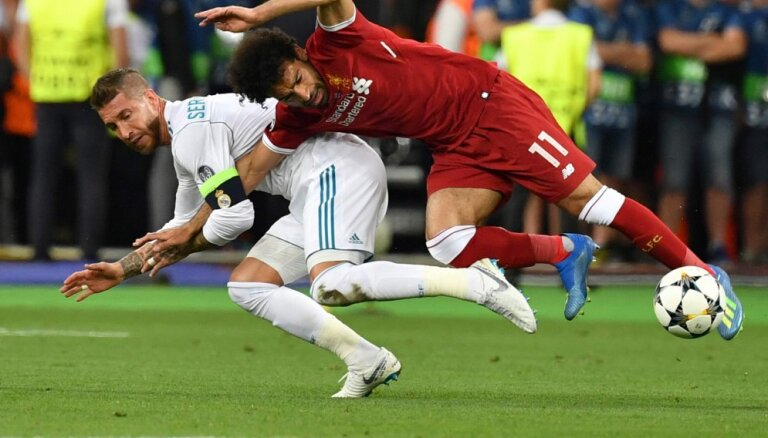 "Защитнику ""Реала"" Рамосу вчинили судебный иск на миллиард фунтов за травму Салаха"