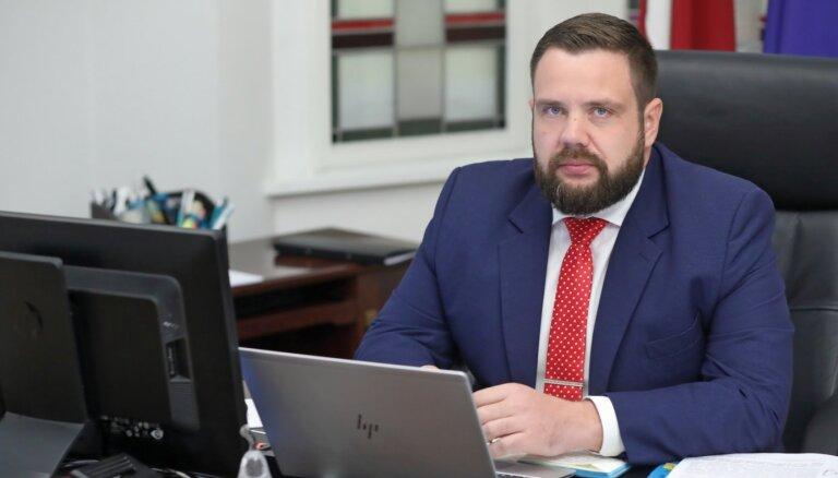 Кариньш обсудит с KPV LV вопрос о Витенбергсе