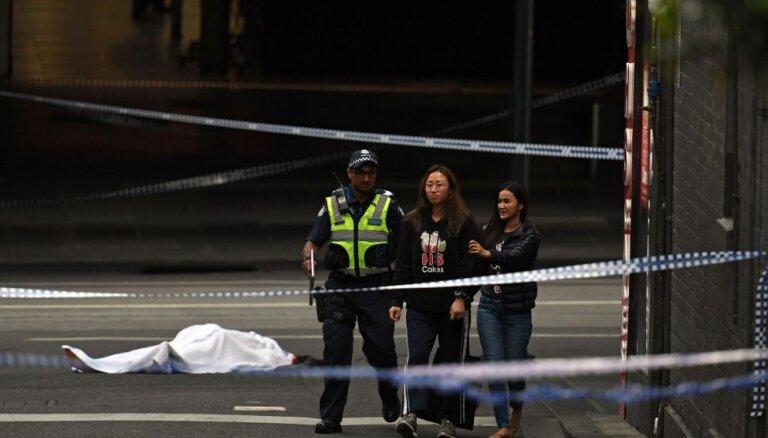 Melburnā uzbrukumā ar nazi ievainoti vairāki cilvēki, viens gājis bojā