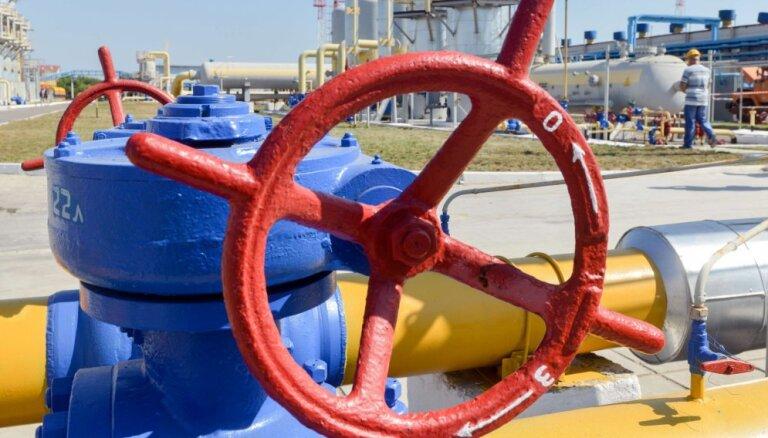 """Киев не будет платить """"Газпрому"""" за поставки газа в Донбасс"""