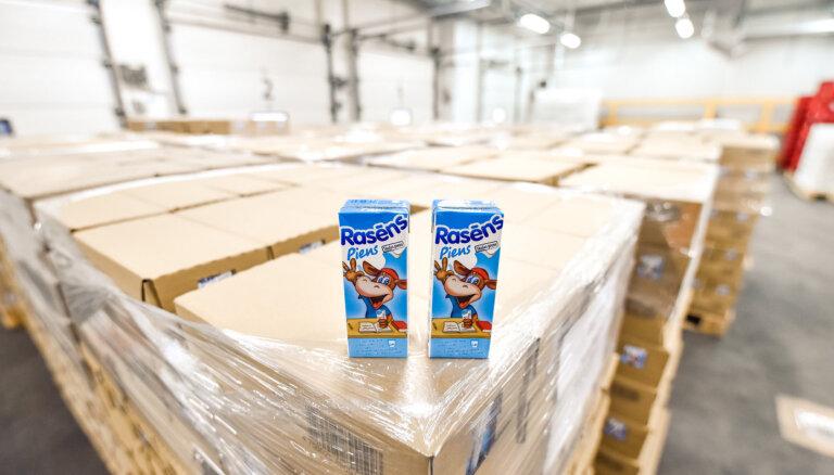 Найдено решение, что делать с запасами предназначенного для школ молока