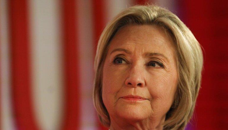 Klintone mudina pēc Millera ziņojuma nesteigties ar impīčmentu