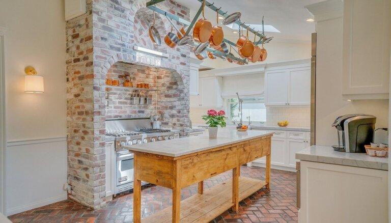 Ciemojoties slavenību virtuvēs: interjera un izkārtojuma idejas, ko vērts aizņemties