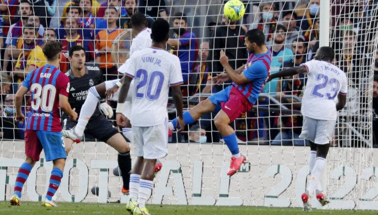 Madrides 'Real' uzvar ceturtajā 'el clasico' pēc kārtas