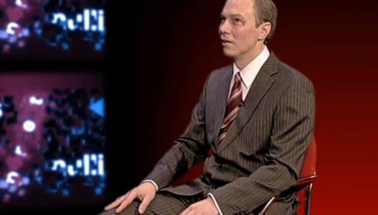Video: Zuarguss parodē Valsts prezidentu Bērziņu