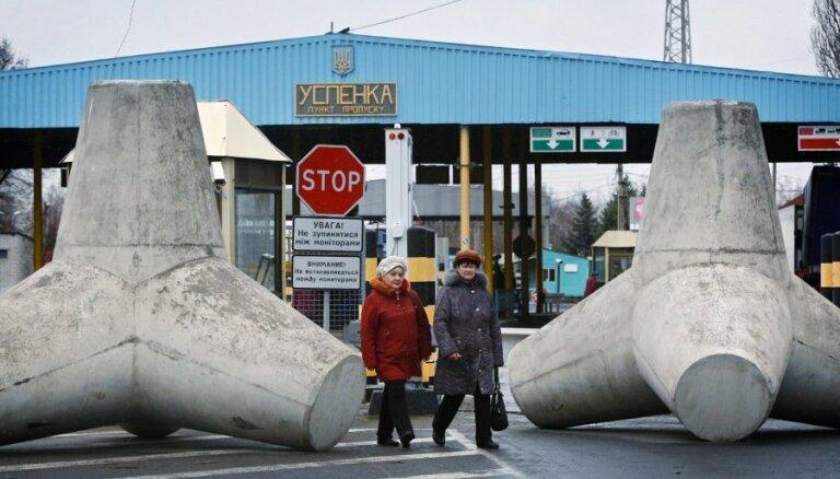 Krievija pilnībā aptur tirdzniecību ar Ukrainu