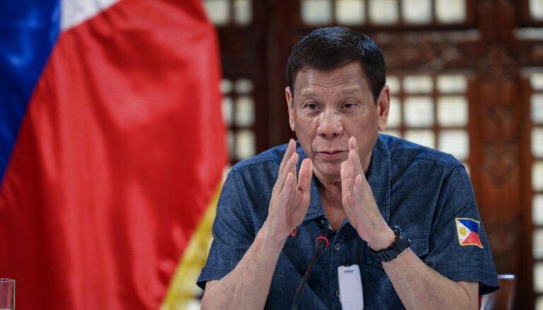 Filipīnu prezidents atkal draud nogalināt narkodīlerus