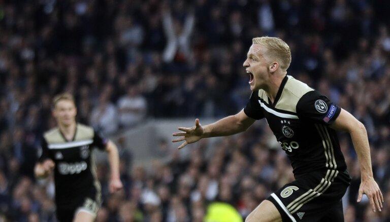 'Ajax' turpina spīdēt Čempionu līgā un pusfināla pirmajā mačā viesos uzvar 'Hotspur'