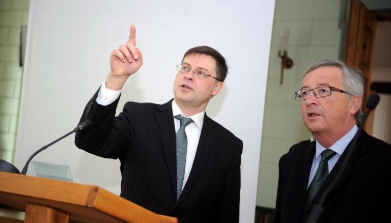 Домбровскис хочет стать еврокомиссаром по экономике или финансам