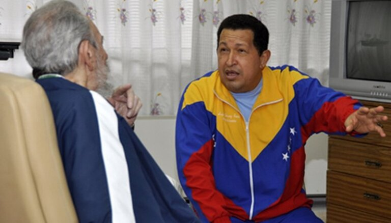 Уго Чавес внезапно вернулся в Венесуэлу