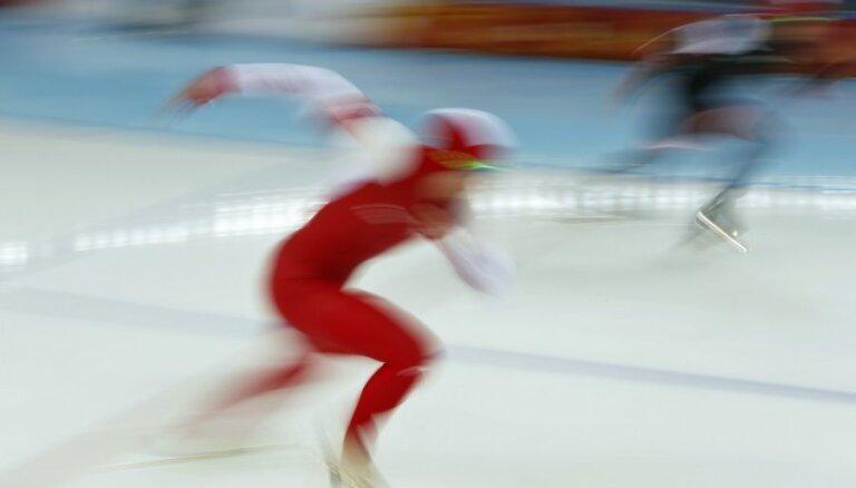 Ātrslidotājs Silovs PK posmā B divīzijā izcīna trešo vietu arī 1500 metru distancē
