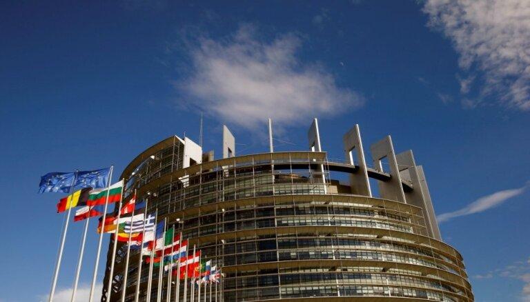 Jaunākā aptauja: EP deputātu krēslu iegūšanai pietuvojas sešas partijas