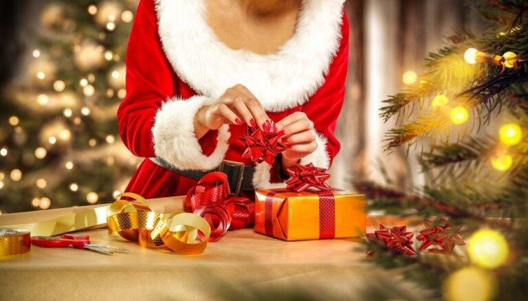"""Эксперты советуют: 10 подарков, которые можно найти в аэропорту в """"последний момент"""""""