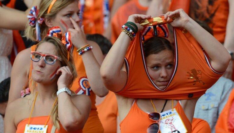 В Ригу прибывает тысячный оранжевый десант