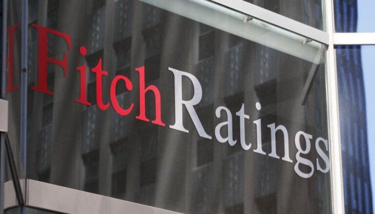 'Fitch' saglabājusi Latvijas kredītreitingu 'A-' līmenī ar stabilu nākotnes perspektīvu