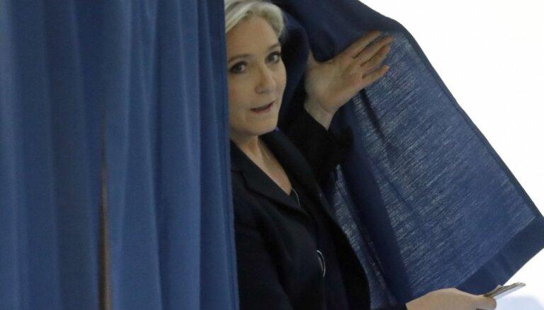 Во Франции проходит первый тур региональных выборов