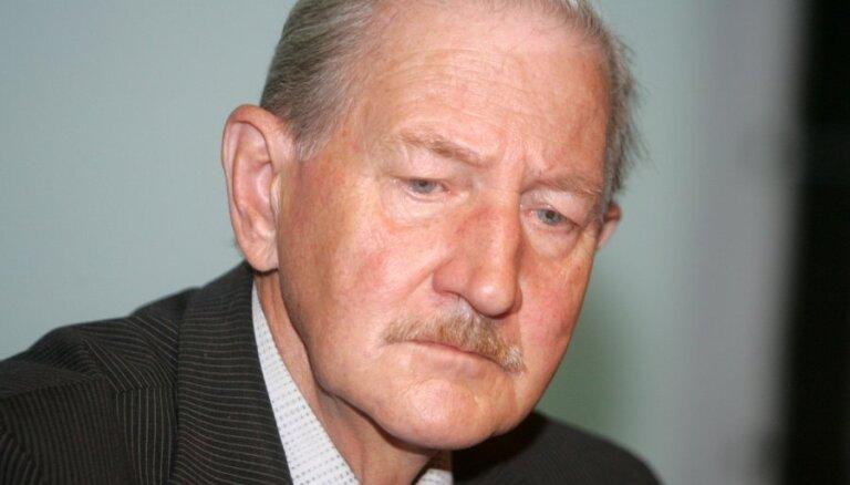 Bijušais ST priekšsēdētājs: Kobzonam nav tiesību vērsties Satversmes tiesā