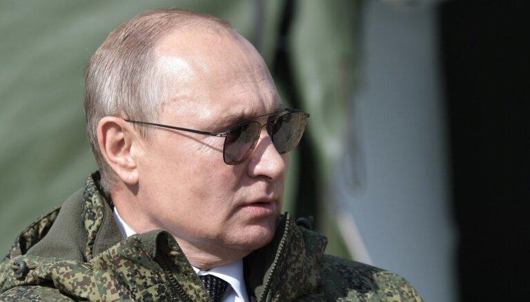 Putins ierosina izstāties no līguma par civiliedzīvotāju aizsardzību militāros konfliktos