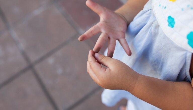 Vai bērnu nepieciešams profilaktiski attārpot? Speciāliste kliedē mītu
