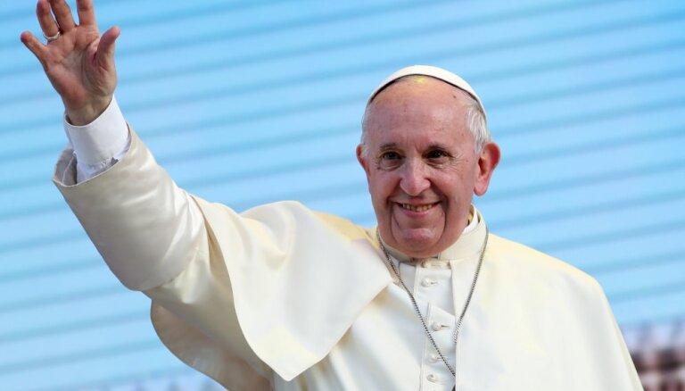 Самые интересные факты о Папе римском Франциске: от вышибалы до кумира миллионов