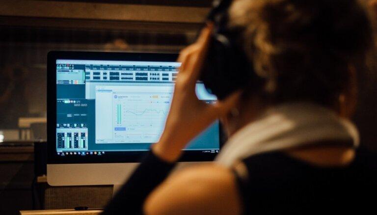 Latvija var! 'Sonarworks' programmatūra labo skanējumu 'Grammy' zvaigžņu studijās